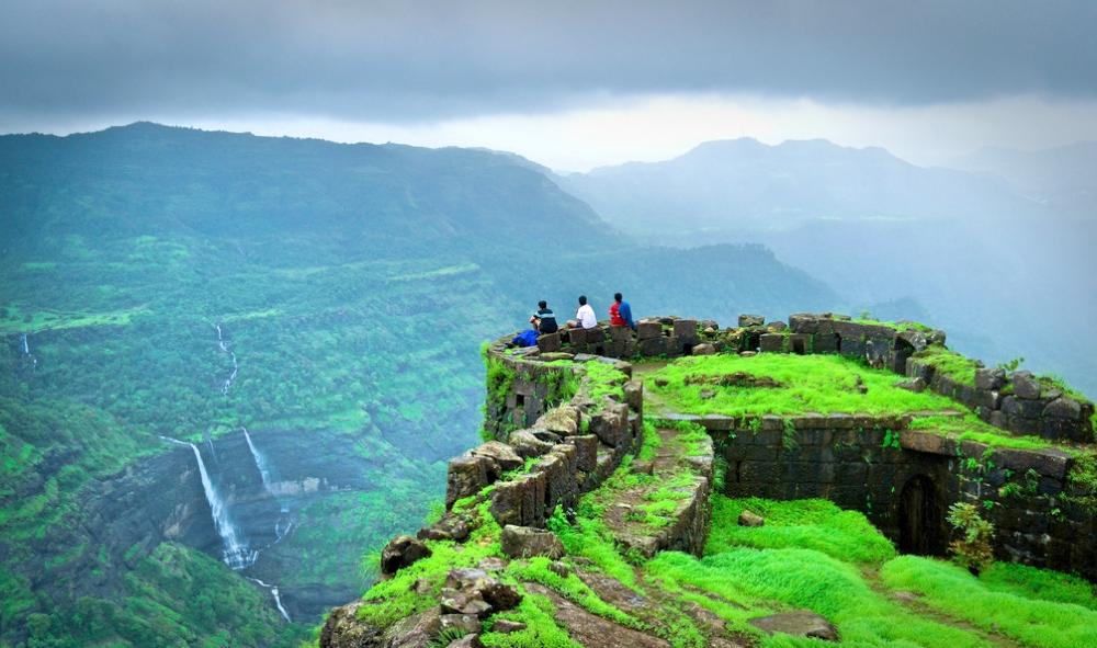 best places to visit near Pune